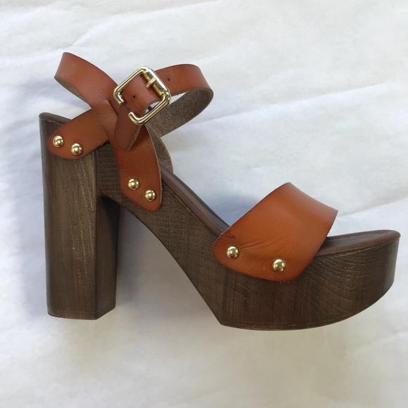 Cognac Faux Wood Platform Heel